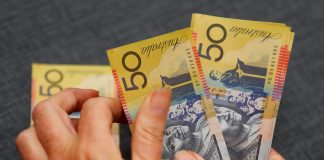 Trade deal hopes spur Aussie gains vs. Swiss franc for a third day