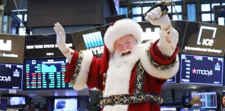 Global markets extend the Santa Claus rally