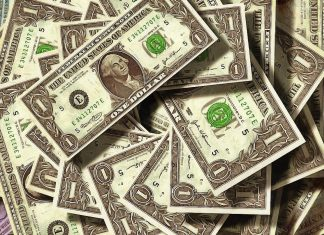 The US Dollar index failed to continue its rally above 99.00
