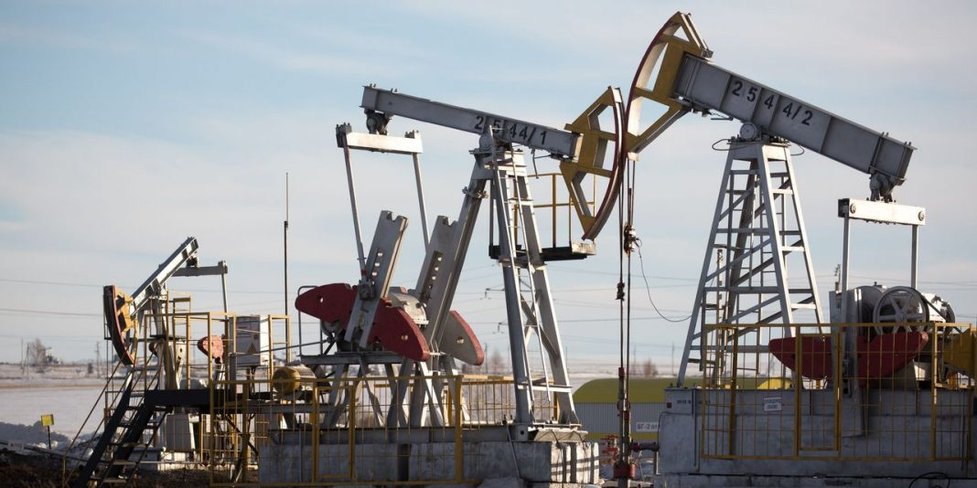 There is a low chance that oil prices will manage to stage a sustainable recovery in the foreseeable future