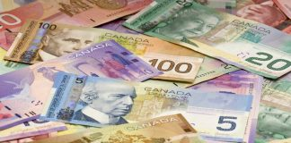 USDCAD declined amid rise in oil prices