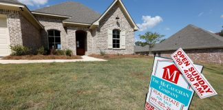 Mortgage rates remained at a record low last week, but refinance demand pulled back anyway.