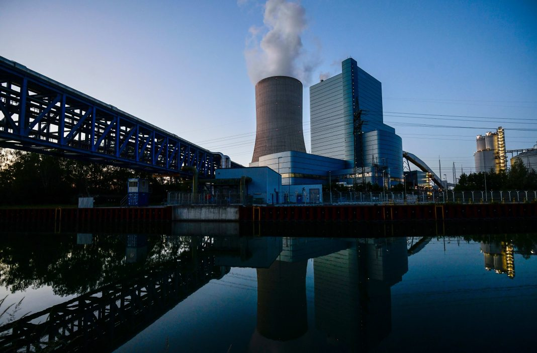 Smoke is coming out of the cooling tower of the coal-fired power plant Datteln 4 of Uniper in Datteln, western Germany
